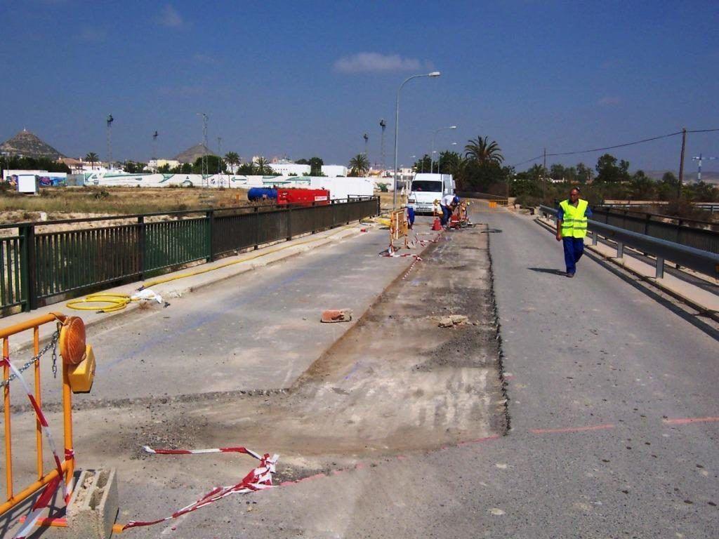 hidrodemolición asfalto tablero puente Almería