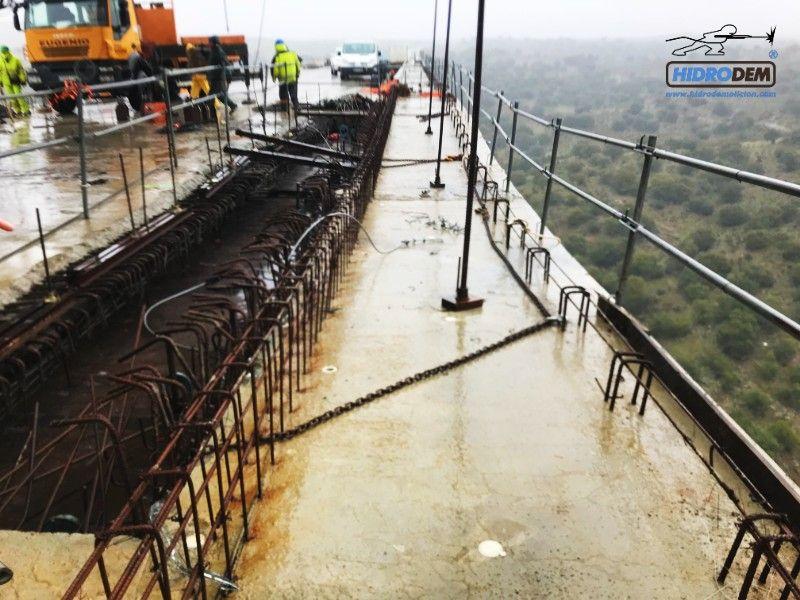 Soluciones con agua a presión en puentes metálicos y de hormigón, Soluciones en Puentes y Viaductos